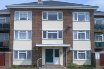 2 bedroom Flat to rent in Arundel Close, Ryde