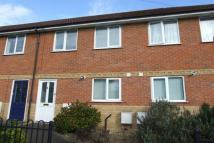 2 bedroom house to rent in Hampshire Villas...