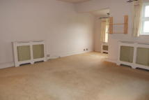 2 bed Flat to rent in London Road, Hadleigh