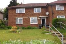Flat to rent in Ravenscourt road...