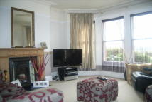 4 bedroom semi detached property to rent in Worsley Bridge Road...