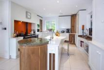 property in Forest Ridge, Keston BR2