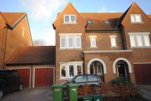 semi detached property in Oxted