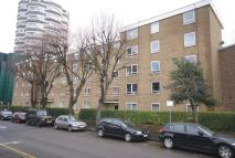 1 bedroom Studio flat in Altyre Road, Croydon