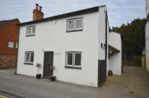 3 bedroom Detached house to rent in West Street, Reigate