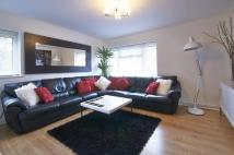 Apartment to rent in Imberhorne Lane...