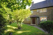 3 bedroom semi detached property to rent in Godstone Village, Surrey