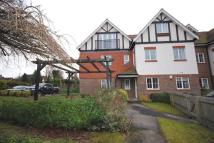 Ground Flat to rent in Bluehouse Lane, Oxted