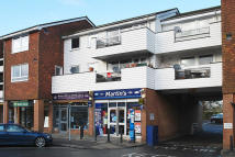 Maisonette in High Street, Lingfield
