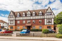 2 bed Apartment in Gresham Road, Oxted