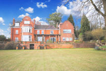 3 bed Apartment to rent in Stoneswood Road, Oxted