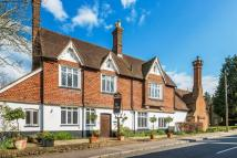 3 bedroom Apartment for sale in High Street, Limpsfield