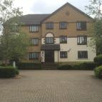Apartment to rent in Redhill, Surrey