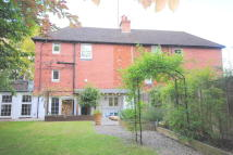 Old Oxted semi detached house to rent