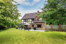 Detached property in Icehouse Wood, Oxted