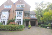 4 bedroom semi detached home to rent in Oxted, Surrey