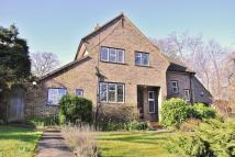 3 bed Detached home in Purley