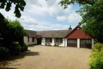 4 bed property in Colgate