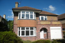 3 bed semi detached house to rent in Hinchley Wood