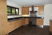 Lime Tree Avenue property to rent