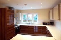 Apartment in Thames Ditton
