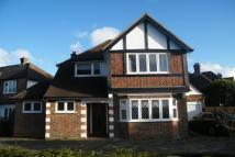3 bed property in Cumberland Drive...