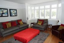 4 bed Detached property in East Molesey