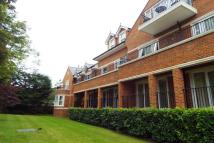 Apartment to rent in Gower Road, Weybridge
