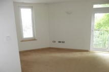 2 bed Apartment in New Dover Road...