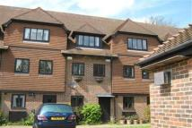 4 bedroom Town House to rent in Linden Chase, Canterbury