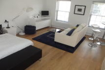 Studio flat in Kingsbrook Park