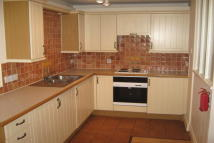 Maisonette to rent in Gordon Road, Canterbury
