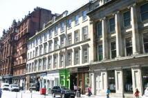 Flat to rent in Queen Street...