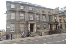 2 bedroom Flat to rent in St Vincent Street...