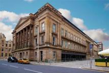property to rent in Ingram Street, Sheriff Court Building