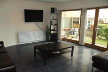 3 bed Town House to rent in Queen Elizabeth Gardens...