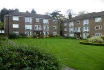 2 bedroom Apartment in Addiscombe Road...