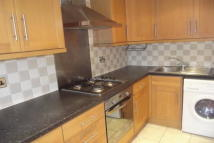 Flat to rent in Chepstow Road...