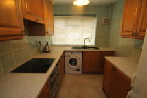 2 bedroom Apartment to rent in Woodside Green...