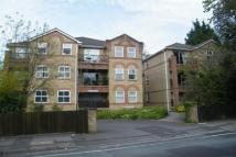 Flat to rent in Northlands Road -...