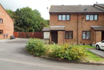 2 bedroom property to rent in Enderwood Close - Totton