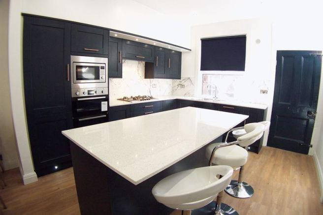 6 Bedroom Terraced House For Sale In Headingley Avenue Leeds LS6