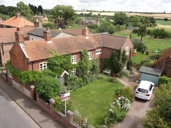 4 Bedroom Cottage For Sale In Main Road Shelford