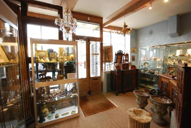 Sales Shop