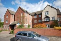 1 bedroom Flat in Brielen Court...