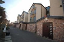 2 bed Penthouse to rent in Village Mews, Wallasey...