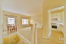 1 bedroom Apartment in Fairfax Place...