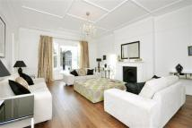 property to rent in Belsize Square, Belsize Park, NW3