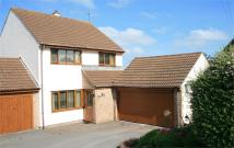 Link Detached House for sale in The Green, Iron Acton...