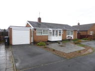 Detached Bungalow in Binyon Close, Badsey...